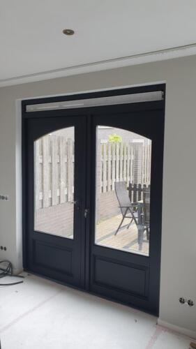 achterdeur zwart